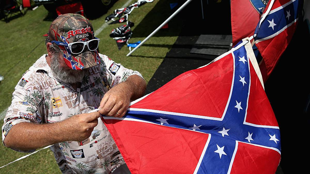 Die Flagge der Konföderation war bisher bei NASCAR-Rennen ein ständiger Begleiter