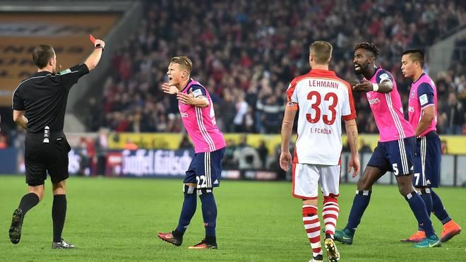 Rote Karte für Bobby Wood vom HSV