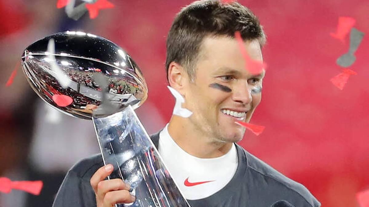Genau sieben Monate ist es her, da durfte Tom Brady seine siebte Vince-Lombardy-Trophäe in die Höhe strecken. Nun will der Star-Quarterback seinen Titel mit den Tampa Bay Buccaneers verteidigen...