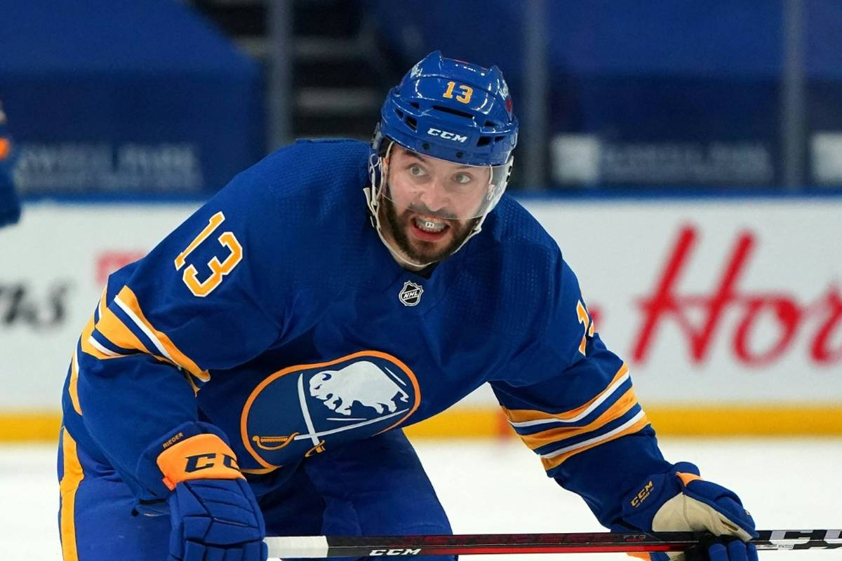 Tobias Rieder verlässt nach 478 Partien die nordamerikanische Profiliga NHL und wechselt nach Schweden zu den Växjö Lakers.