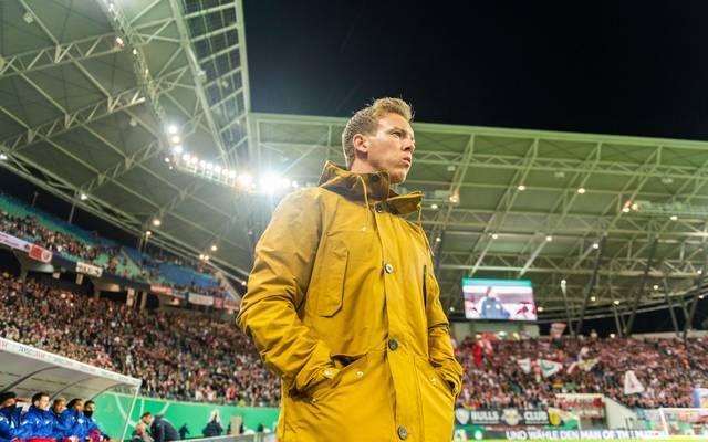 Julian Nagelsmann sitzt in Leipzig zum letzten Mal auf der Trainerbank der Gäste