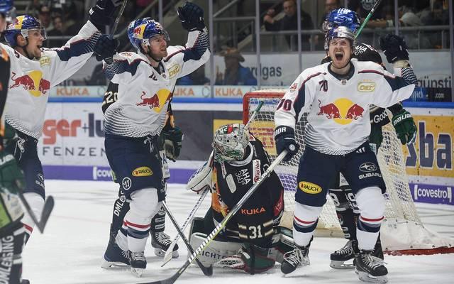 Der EHC Red Bull München feierte den Derbysieg in Augsburg