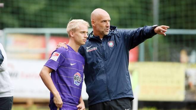 Fußball: Austria Wien trennt sich von Trainer Thomas Letsch, Thomas Letsch (rechts) trainierte auch Erzgebirge Aue