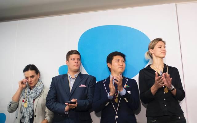 OLY-2016-RIO-IOC Zusammen mit Yelena Isinbayeva (RUS/l.), Daniel Gyurta (HUN/2.v.l.), Ryu Seung-min (KOR/2.v.r.) wird Britta Heidemann (r.) 2016 zu Mitgliedern der Athletenkommission des IOC gewählt