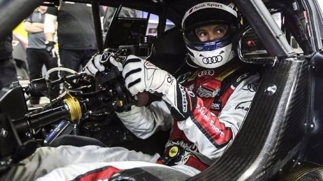 Audi-Pilot Mattias Ekström im Cockpit des RS 5 DTM