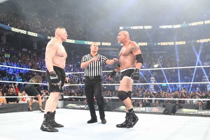 Es ist so weit: Bill Goldberg (r.) steht bei den WWE Survivor Series nach zwölf Jahren Abwesenheit wieder im Ring. Sein Gegner ist derselbe wie in seinem bisher letzten Match 2004: Brock Lesnar