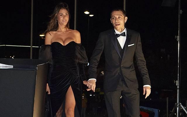 Valentino Rossi mit seiner Model-Freundin