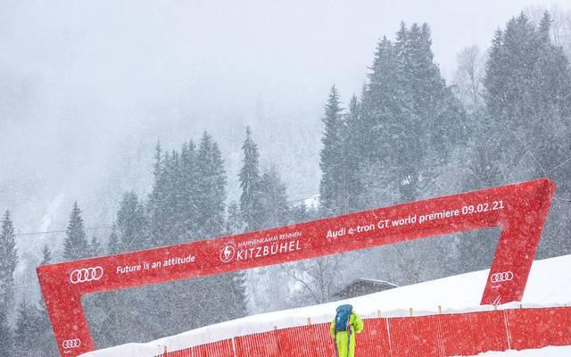 Die zweite Abfahrt in Kitzbühel musste wegen Nebels unterbrochen werden