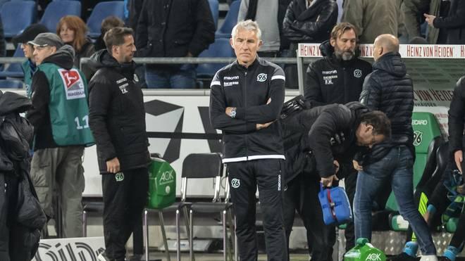 Mirko Slomka muss bei Hannover 96 um seinen Job zittern