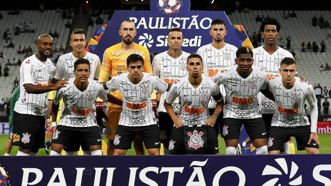 Angeblich sollen 21 von 27 Profis des brasilianischen Erstligisten  SC Corinthians Corona-positiv sein