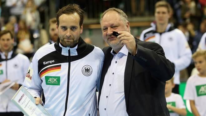 Michelmann (r) bedauert Absagen einiger Spieler
