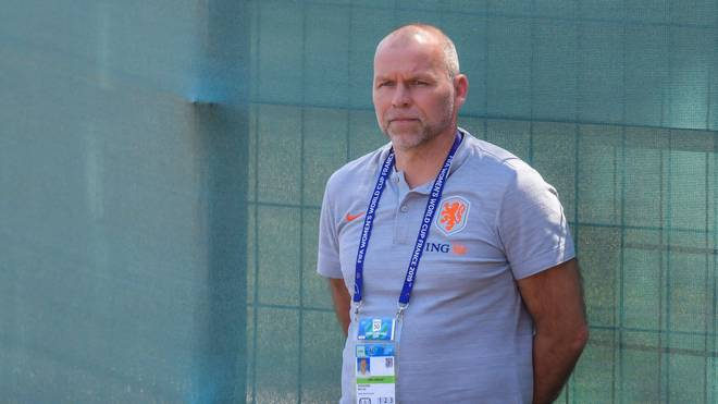 Hollands Sportchef Jan-Nico Hoogma kritisiert den Umbruch beim DFB-Team