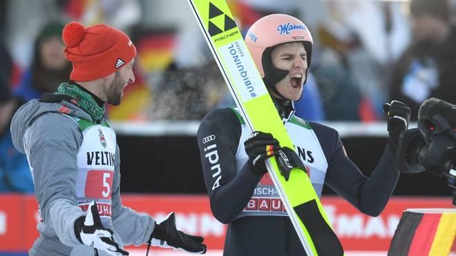Karl Geiger (r.) wurde beim Neujahrsspringen in Garmisch-Partenkirchen Zweiter