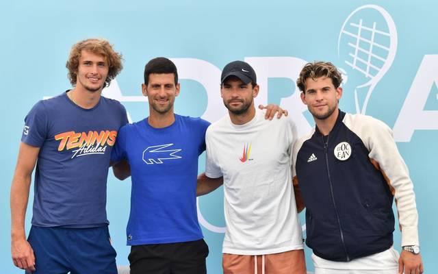 Grigor Dimitrov (2.v.r.) nahm bei der Adria Tour mit Zverev (l.), Djokovic (2.v.l.) und Thiem (r.) teil