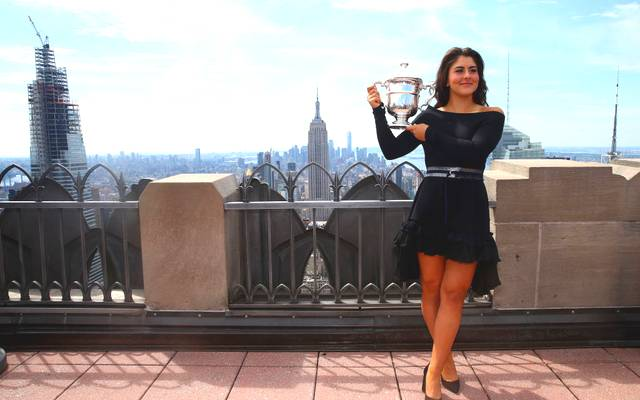 NEW YORK, NEW YORK - SEPTEMBER 08: Bianca Andreescu of Canada poses with her trophy at the Top of the Rock in Rockefeller Center on September 8, 2019 in New York City. (Photo by Mike Stobe/Getty Images)