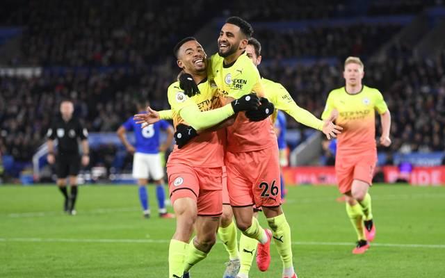 Gabriel Jesus (l.) schoss Manchester City im Verfolgerduell gegen Leicester zum Sieg