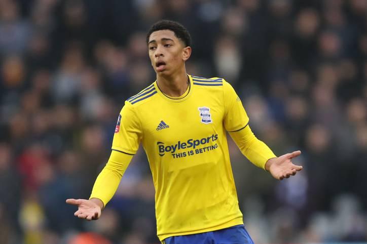Jude Bellingham von Birmingham City steht dank einer Klausel in Höhe von rund 35 Millionen Euro vor einem Transfer zum BVB. Dadurch würde er einer der teuersten U19-Jährigen werden