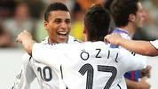 Das Talent des Deutsch-Türken bleibt naürlich auch dem DFB nicht verborgen. Bei der U-19-EM 2007 erzielt er zwei Tore und erreicht mit Deutschland das Halbfinale