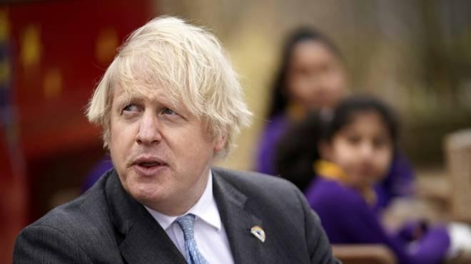 Englands Premierminister Boris Johnson hofft auf eine britisch-irische Fußball-WM 2030