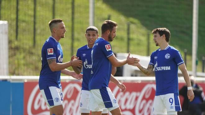 Schalke trifft im Pokal auf Schweinfurt