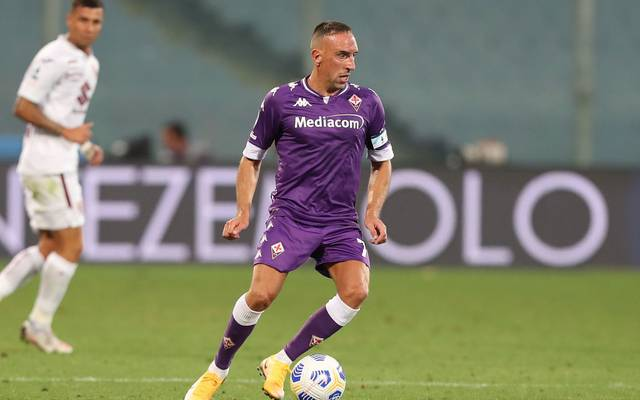 FLORENCE, ITALY - SEPTEMBER 19: Franck Ribery of ACF Fiorentina in action during the Serie A match between ACF Fiorentina and Torino FC at Stadio Artemio Franchi on September 19, 2020 in Florence, Italy.  (Photo by Gabriele Maltinti/Getty Images)