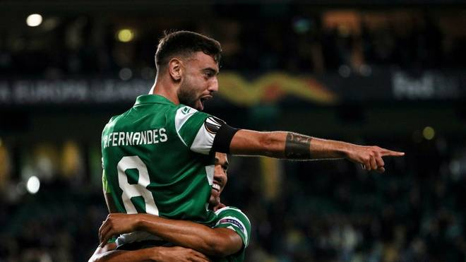 Sporting's Brazilian forward Luiz Phellype (R) celebrates his goal with Sporting Lisbon's Portuguese midfielder Bruno Fernandes during the UEFA Europa League Group D football match between Sporting CP and PSV Eindhoven at the Jose Alvalade stadium in Lisbon, on November 28, 2019. (Photo by FILIPE AMORIM / AFP) (Photo by FILIPE AMORIM/AFP via Getty Images)