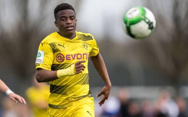 Youssoufa Moukoko ist auch in der Youth League nicht zu stoppen