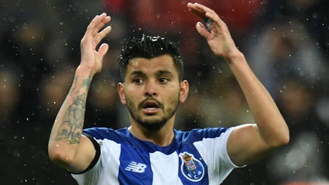 Jesus Corona im Trikot des FC Porto