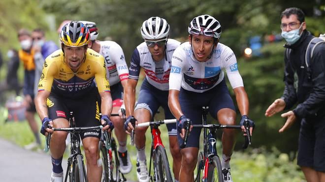 Egan Bernal und Primoz Roglic lieferten sich im Vorjahr auf der 15. Etappe ein enges Duell
