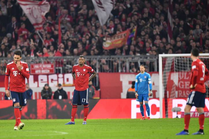 In der Bundesliga kann der FC Bayern seine Ansprüche bisher nicht erfüllen, besonders hinten hapert es. Die Defensivreihe um Jerome Boateng und Co. muss scharfe Kritik einstecken. Aber sind die Statistiken wirklich so miserabel? SPORT1 wirft einen Blick auf die Zahlen des Abwehrzentrums