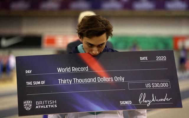 Armand Duplantis hat erneut einen Weltrekord aufgestellt