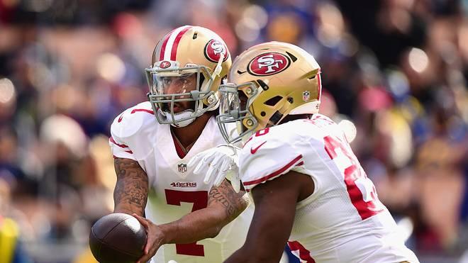 Colin Kaepernick (l.) und Carlos Hyde spielten von 2014 bis 2016 gemeinsam für die San Francisco 49ers