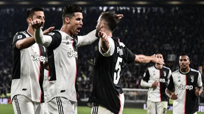 Juventus verteidigt Tabellenführung