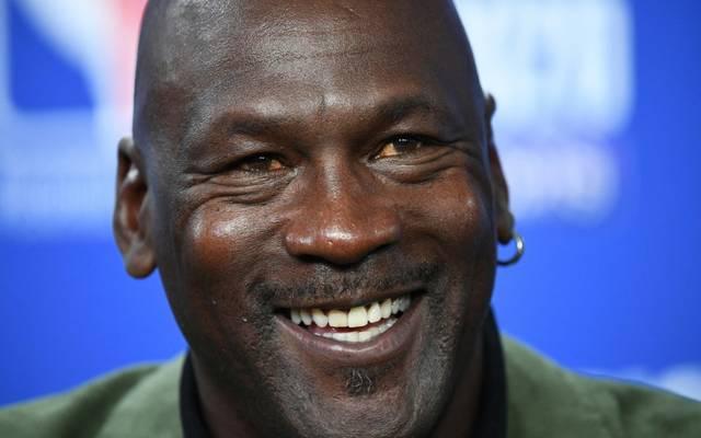 Michael Jordan unterstützt seine Heimatstadt