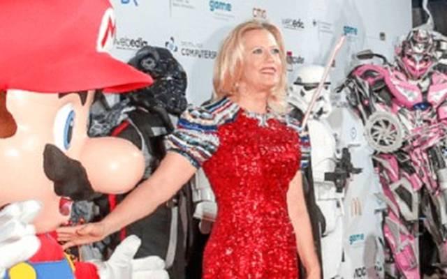 Barbara Schöneberger wird den Deutschen Computerspielpreis 2020 moderieren.