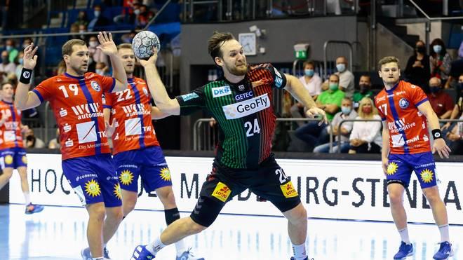 Der SC Magdeburg (m.) verlor überraschend gegen den Bergischen HC