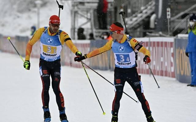 Arnd Peiffer (l.) ist schon für die Biathlon-WM qualifiziert