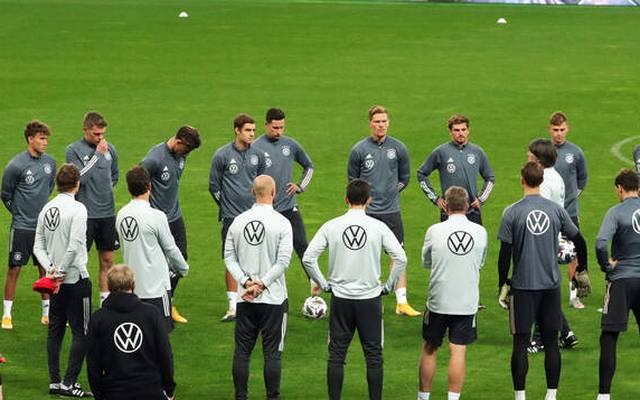 Die deutsche Nationalmannschaft wird nach dem Spiel schnell aus Kiew abreisen