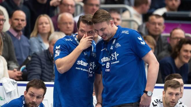 Viktor Szilagyi (l.) ist für eine Verschiebung der Handball-WM