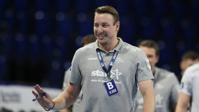Trainer Filip Jicha gewann mit Kiel in Hannover