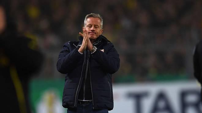 Jens Keller will den Sieg gegen die Bayern nicht zu hoch hängen