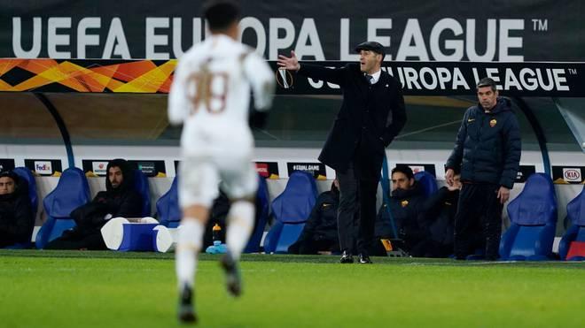 Roma-Coach Paulo Fonseca kann mit seinem Team nicht zum Achtelfinal-Hinspiel gegen den FC Sevilla antreten