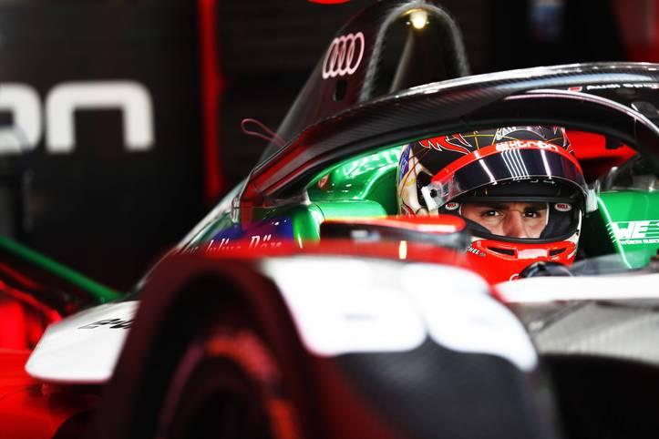 """Daniel Abt sorgt bei der """"Race at Home Challenge"""" der Formel E für einen handfesten Skandal. Der 27-jährige Deutsche fährt seinen Boliden beim Rennen in Berlin, bei dem er den vermeintlichen dritten Platz belegt, nicht selbst"""