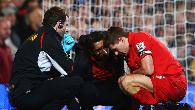 Steven Gerrard verletzte sich 2014 am Penis