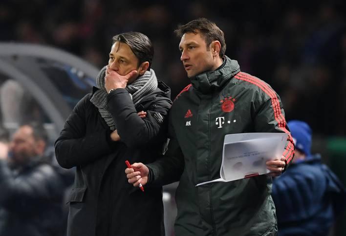 """Der Viertelfinal-Einzug im DFB-Pokal stimmte Bayern-Trainer Niko Kovac positiv, doch erneut führte ein individueller Fehler zu einem schmerzhaften Gegentor. """"Der Hauptkritikpunkt in dieser Saison ist einfach, dass wir zu viele billige Tore hergeben bzw. zu viele schwerwiegende Fehler machen"""", haderte Kovac"""