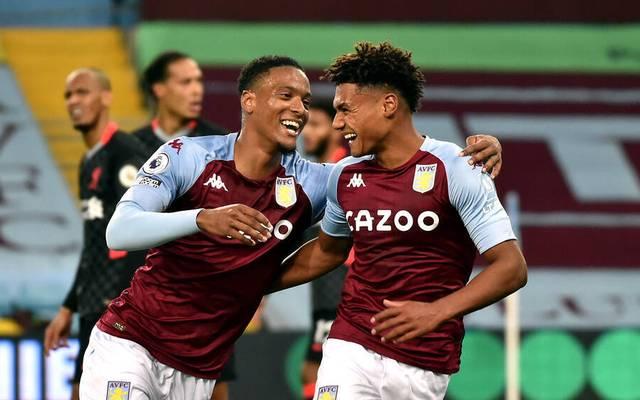 Ollie Watkins (r.) war mit drei Toren Aston Villas Matchwinner