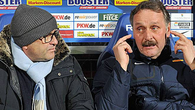 Peter Neururers zweite Amtszeit beim VfL Bochum endete im Dezember 2014 nach einem Zwist mit Sportdirektor Christian Hochstätter (l.) unschön