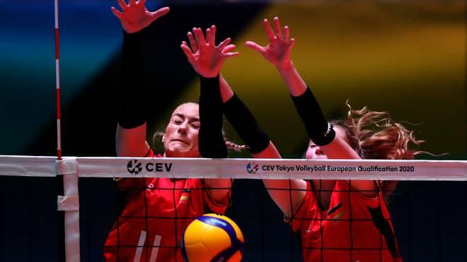 Die deutschen Volleyball-Damen stehen unter den letzten vier Teams