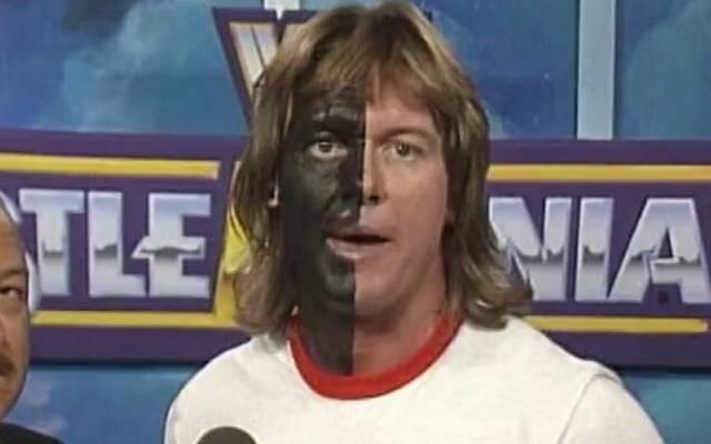 Rowdy Roddy Piper trat bei WrestleMania VI mit schwarzer Körperbemalung auf