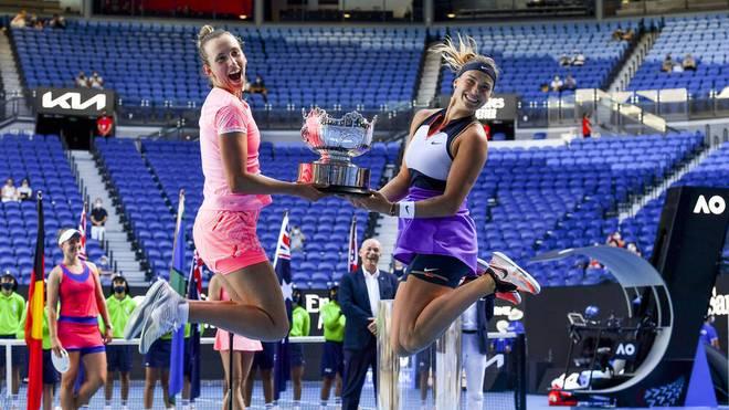 Elise Mertens (l.) und Aryna Sabalenka gewinnen souverän im Doppel